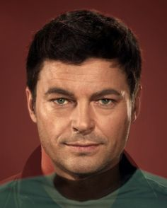"Star Trek Past and Present face morph - ""Bones"" McCoy"
