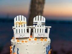 Beach Wedding Cake Topper: Photo by Andi Diamond Photography via Heather Renee Celebrations