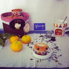 Magdalenas de mandarina y doble chocolate