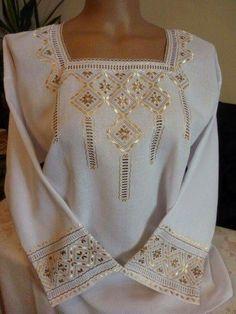Neşe'nin gözdeleri Hardanger Embroidery, Folk Embroidery, Hand Embroidery Designs, Embroidery Dress, Russian Cross Stitch, Beaded Cross Stitch, Afghan Clothes, Afghan Dresses, Ukrainian Dress