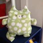 I love big, fat polka dots on this big, fat cat. Made with the Franklin the Fat Cat pattern.