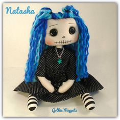 Handmade Dolls Patterns, Gothic Dolls, Gothic Art, Rag Dolls, Doll Houses, Softies, Make And Sell, Fall Crafts, Doll Clothes