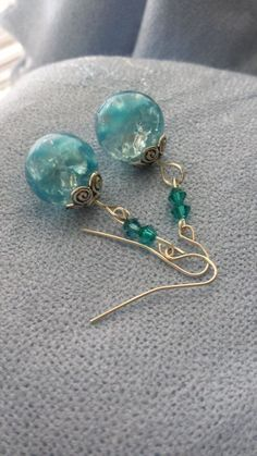 Items similar to Blue Cracked Marble Earrings on Etsy Marble Jewelry, Wire Jewelry, Jewelry Crafts, Beaded Jewelry, Jewelery, Bead Earrings, Diamond Earrings, Homemade Jewelry, Bijoux Diy