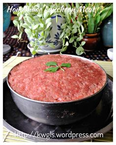 Game To Prepare Luncheon Meat With A Slightly Different Taste? Pork Recipes, Seafood Recipes, Dinner Recipes, Cooking Recipes, Christine's Recipe, Twice Cooked Pork, Savoury Dishes, Savoury Recipes, Asian Pork