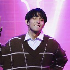 Korean Entertainment Companies, Lee Jung Suk, Cute Love Memes, Screen Wallpaper, Ikon, Boy Groups, Singers, Album, Boys