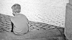 An-Sofie Green propose à travers cet article, de parler de la dépendance affective liée au sentiment d'abandon, ce besoin vital d'être aimé à tout prix.