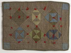 Mennonite Roue Doll Quilt: Ca 1920 Pa.