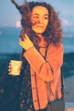 Photoshoot: nightfall and coffee shops in Lisbon (with Raquel)