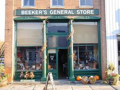 Beeker's General Store: Pemberville, Ohio