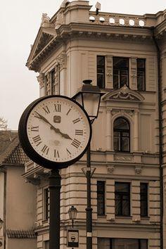 Vilnius clock tower. Lituania.  / Find us on: www.facebook.com/TcTrips