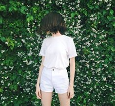 99 Simple and Fashionable Style with White Shorts Outfit - Fashionetter Style Outfits, Short Outfits, Fashion Outfits, Korean Fashion Summer, Asian Fashion, Ulzzang Fashion, Ulzzang Girl, Short Blanc, Style Simple