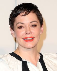 Rose McGowan pixie haircut