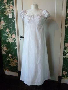 Cotton daydress about 1812. Made by Corina van der Linden- Crien-oline