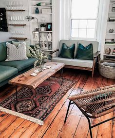 A Modern Apartment Living Room: Home and Interior – Get Yourself a Stylish Living Room That's Fun My Living Room, Living Room Interior, Home And Living, Living Spaces, Living Room Wooden Floor, Living Room Decor Green, Cozy Eclectic Living Room, Boho Chic Living Room, Mid Century Living Room