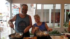 Masters of the wok at Pum Thai Cooking school