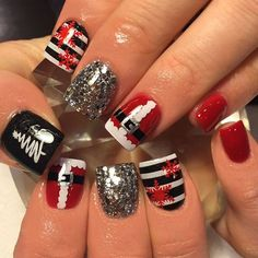 IN LOVE! Adorable Christmas idea for nails! Festive nail art | ideas de unas