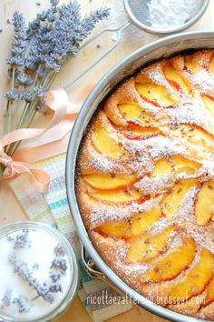 Ricotta and saffron: PEACH PIE WITH WALNUTS AND LAVENDER - bizcocho DE NECTARINAS Y LAVENDER