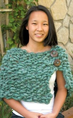 Simple Chunky Knit Shawl with Buttons (Free Knitting Pattern)