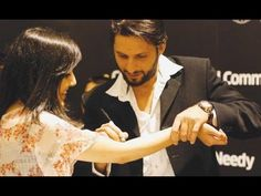 Amar Desh: Love in Cricket Ground, Girl Propose Afridi in Cri...