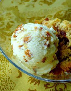 Glace au miel et pignons sans oeufs     simplement pour finir un repas, la glace reste quand même une bonne option. L'association miel/pignons... C'est Bon, Ice Cream, Tarot, Food, Muffins, Change, Nature, Inspiration, Honey
