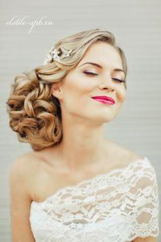 Steal-Worthy #Wedding Hairstyles   bellethemagazine.com///www.annmeyersignatureevents.com