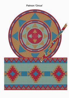 Drawn In Bags Tapestry Crochet for Stylish Mochila Bag Crochet Pattern Free Images Mochila Crochet, Bag Crochet, Crochet Diy, Crochet Handbags, Crochet Purses, Crochet Chart, Crochet Motif, Crochet Gratis, Filet Crochet
