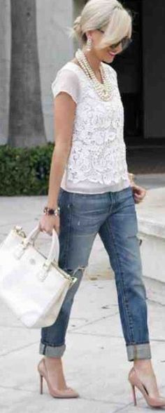 I love this look. The casual lace tee. My style. Look Fashion, Spring Fashion, Street Fashion, Womens Fashion, Fashion 2014, Jeans Fashion, Fashion Clothes, Fashion Weeks, Ladies Fashion
