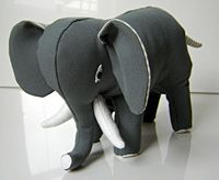 Elefant selber machen - Free pdf pattern and step by step Photo tutorial - Bildanleitung und gratis pdf Schnittvorlage