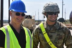 Air Cav Soldiers hard at work at the Rail Operations Center (ROC) had the opportunity to meet Gary Sinise this afternoon! Mr. Sinise will be performing with his Lt. Dan Band at the @1stcavalrydivision Welcome Home Ceremony this evening! (📸: 1Lt. Jena Brown) #aircav #firstteam #livethelifebealegend #ltdanband