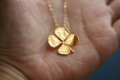 Real four leaf clover necklace in Gold Filled necklace,Real leaf,Jewelry,St Patricks Day Jewelry,Mother's Jewelry – Diet Gold Jewelry, Jewelry Box, Jewelry Accessories, Fashion Accessories, Fashion Jewelry, Gold Necklace, Leaf Jewelry, Wedding Jewelry, Jewlery
