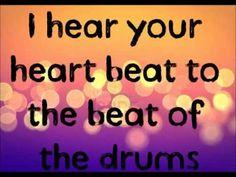 Ke$ha - Die Young lyrics (HQ) Ammmmmmmmmmmmmmmmmmmmmazing video! ♥