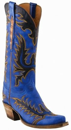 Discover Lucchese–Texas bootmaker crafting the finest handmade western and contemporary, cowboy and cowgirl boots since Blue Cowboy Boots, Western Boots, Rain Boots, Shoe Boots, Shoes, Bota Country, Wedding Boots, Fall Wedding, Wedding Ideas