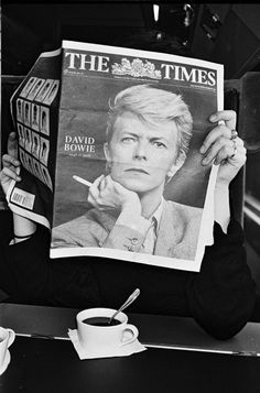 I was devastated when I heard that David Bowie died on January 10th 2016. It hit me so hard, my heart was so heavy, I couldn't stop crying. Now when I look up to the night sky, I think he is one of those stars shining bright and I'll never forget him. <3