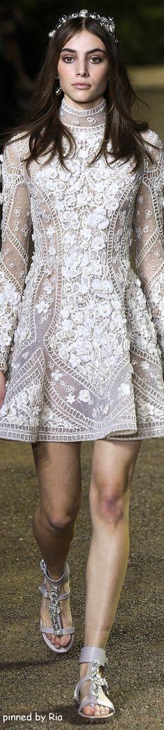 Elie Saab.         Spring 2016.          Couture.