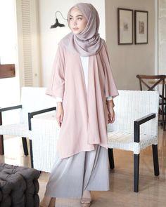 Muslim Fashion, Modest Fashion, Fashion Outfits, Work Fashion, Women's Fashion, Casual Hijab Outfit, Hijab Chic, Muslimah Clothing, Dress Muslimah
