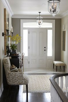 Sarah's House 4, Episode 3, Front Entry Hall, HGTV Canada