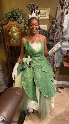 Tiana Halloween Costume, Halloween Costume Contest, First Halloween, Halloween Ideas, Disney Princess Costumes, Princess Tiana, Costume Works, Fun Challenges, My Best Friend