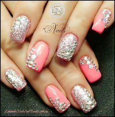 OMG have to have my nails done like this next time i get them done!