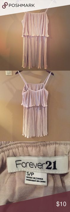 Cream Dress Cream, flowy dress, worn once. Size small. Forever 21 Dresses Midi