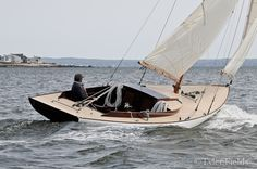 Building your own boat can be cheaper than buying a manufactured boat. A boat that you have made yourself can b Wooden Sailboat, Yacht Week, Small Sailboats, Classic Sailing, Boat Painting, Wood Boats, Yacht Boat, Dinghy, Small Boats