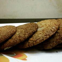 #gingersnaps #cookies #spicy #ginger #cloves #cinnamon #honey #rough #dry #tea #snack #munchie