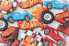 Emma's Sweets - Mary ( Hot Wheels Birthday, Race Car Birthday, 3rd Birthday Cakes, Race Car Party, Cars Birthday Parties, Birthday Cookies, Boy Birthday, Hotwheels Birthday Cake, Birthday Ideas