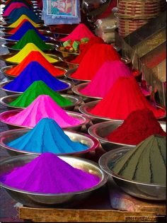 Spice market in Egypt World Of Color, Color Of Life, Holi Images, Valley Of The Kings, Happy Holi, Over The Rainbow, Belle Photo, Rainbow Colors, Color Inspiration