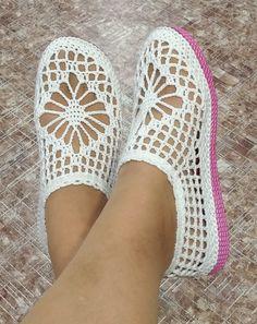 Crochet Boot Socks, Crochet Sandals, Crochet Shirt, Crochet Slippers, Crochet Gifts, Crochet Baby, Knit Crochet, Crochet Slipper Pattern, Crochet Patterns