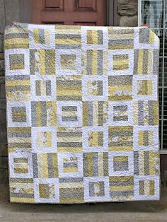 The Fleming's Nine: Gray and Yellow Quilt Guest book quilt design? Quilt Guest Books, Book Quilt, Jelly Roll Quilt Patterns, Quilt Patterns Free, Free Pattern, Rail Fence Quilt, Yellow Quilts, Strip Quilts, Quilt Blocks