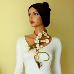 Romantic necklace felted White flowers felt Sweet flowers White and pink flowers necklace