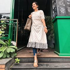 Best 12 How about some extra ruffles for a coffee ☕️ – Outfit deets : If you are a fan of sustainable fashion, here is a place that you should try… Simple Kurta Designs, Kurta Designs Women, Long Kurta Designs, Sleeves Designs For Dresses, Dress Neck Designs, Ikkat Dresses, Churidar Designs, Kurta Neck Design, Dress Indian Style