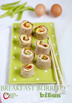 With bell peppers, eggs, and whole wheat tortillas, these burrito bites are the perfect breakfast for your kids. Toddlers will love these mini bites! Healthy Breakfast On The Go, Breakfast Bites, Breakfast Burritos, How To Make Breakfast, Perfect Breakfast, Breakfast For Kids, Eat Breakfast, Breakfast Recipes, Whole Wheat Tortillas