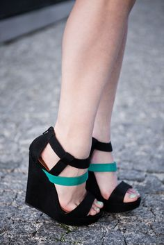 great color-block platforms, especially with this nail polish via messy beauty: style