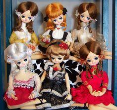 Japan Bradley pose doll - Google Search
